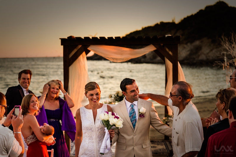 Bonifacio´s San Carlos, Mexico. Víctor Lax , destination wedding photographer.
