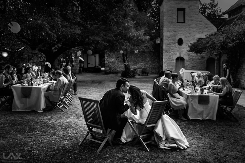 French wedding photo, French wedding dress, French wedding, Best wedding photographer, wedding photographer, mariage, Chateau Raysee, Dordogne, France destination wedding, natural wedding, documentary wedding, documentary wedding photographer, fun wedding, Fearless photographer, Victor Lax, bride and groom, decisive moment, artistic wedding photo, artistic wedding photographer