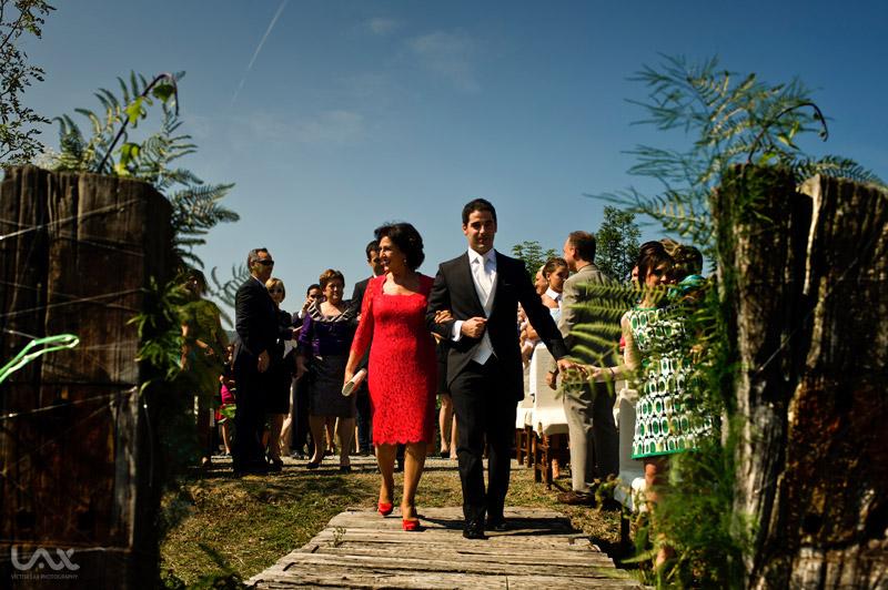 Boda en Pamplona. Fotógrafo de bodas en Zaragoza y España. Fotografía artística, creativa y emocional. Wedding Photographer.
