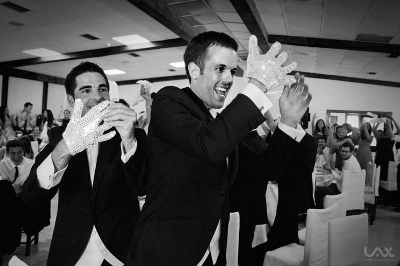 Boda Víctor Lax. Fotógrafo de bodas en Zaragoza y España. Fotografía artística, creativa y emocional. Wedding Photographer.