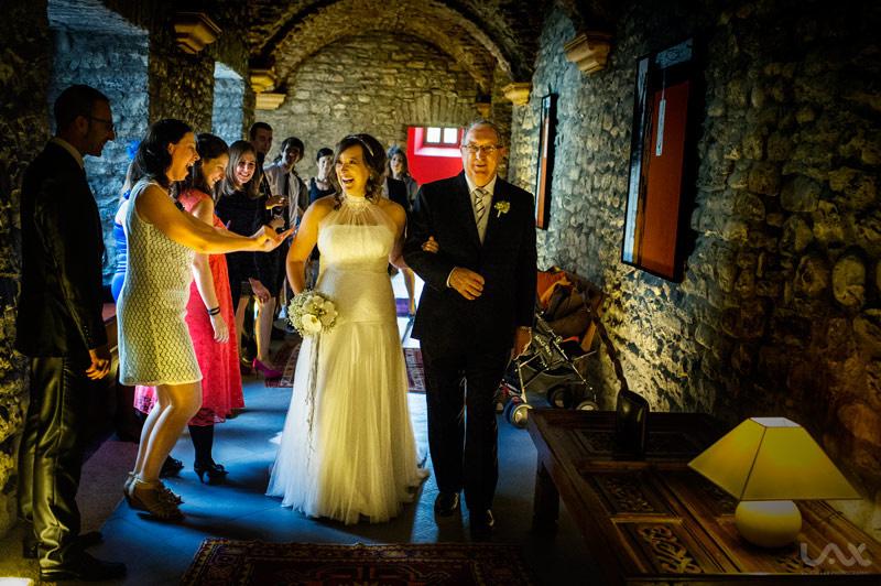 Boda en el Monasterio de Boltaña, Fotografía documental de bodas, Víctor Lax
