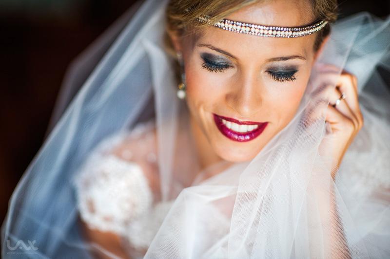 Vestido de novia Cruz Temprado, Cruz Temprado, Tocado Cruz Temprado, Víctor Lax, Fotografía documental de bodas, Boda en Zaragoza