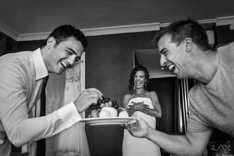 Turkish wedding, Çanakkale, wedding, wedding photographer, Spain wedding photographer, Victor Lax, Best wedding photographer, wedding dress, Spain wedding dress, Beach wedding, natural wedding, Wedding photography, Çanakkale photographer, Çanakkale wedding photographer